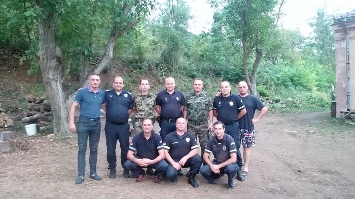 Oбилазак  смештајног центра за војску и полицију у месту Ошљане од стране делегације ССП-а