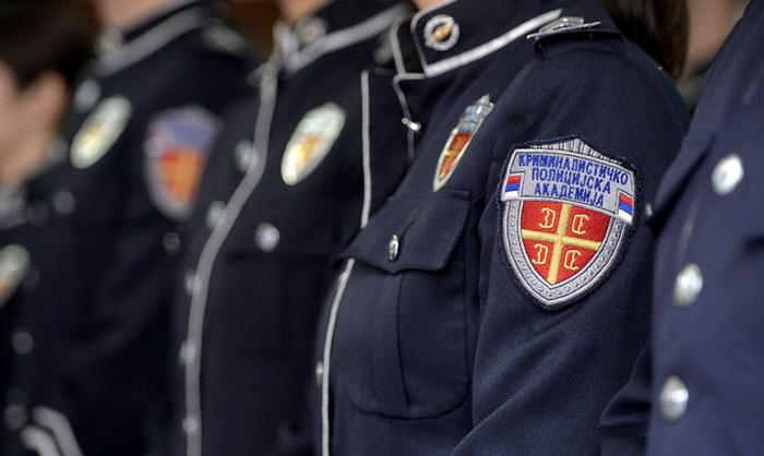 Коме треба помоћна полиција?